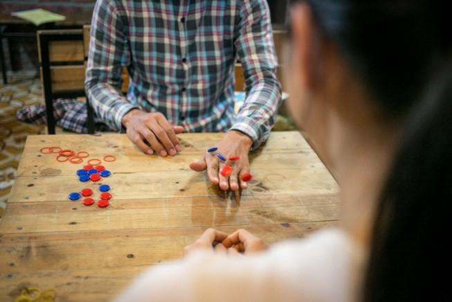 Rộ phong trào người lớn chơi trò chơi dân gian
