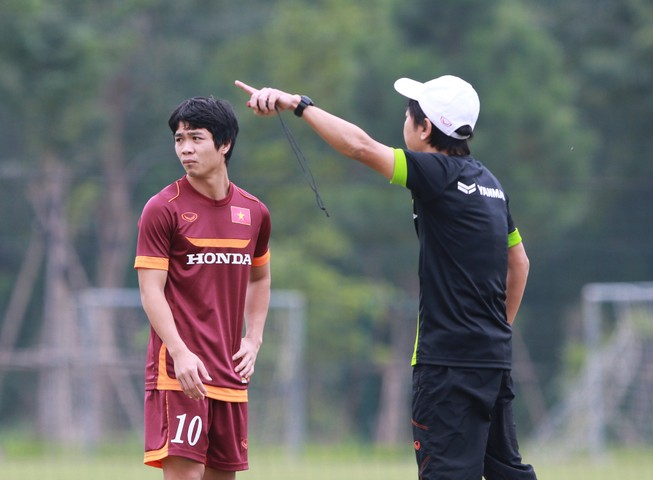 Đội tuyển U-23: Hồng Duy trở lại, Huy Toàn chia tay