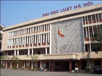 Tạm dừng việc bổ nhiệm người trúng tuyển hiệu trưởng ĐH Luật Hà Nội