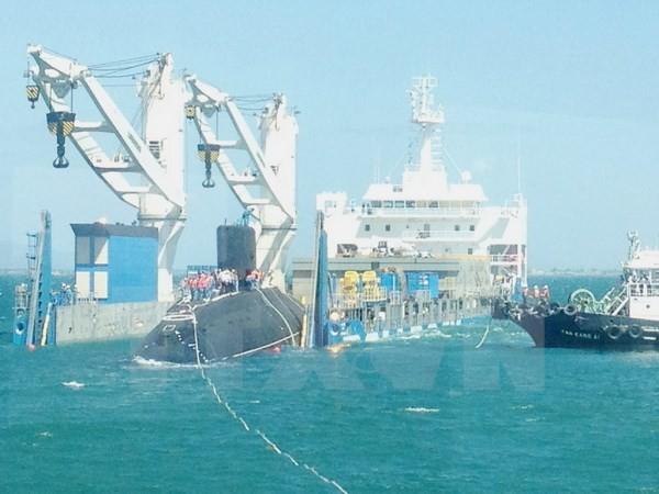 Tàu ngầm lớp Kilo thứ năm đã vào vịnh Cam Ranh an toàn