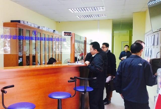 Hà Nội: Lên kế hoạch diệt trừ nạn sách nhiễu, cửa quyền