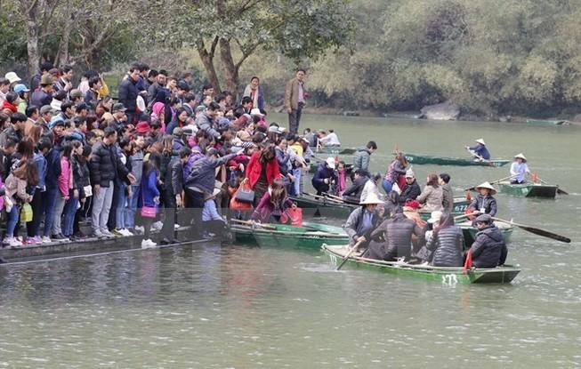 """Biển người chen chúc xem đóng """"King Kong 2"""" tại Ninh Bình"""