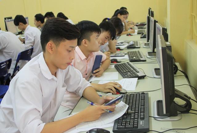 Hơn 50.000 thí sinh đăng ký thi đánh giá năng lực ĐH Quốc gia Hà Nội