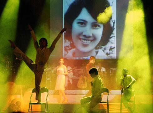 Cùng nghe một số ca khúc nổi tiếng của nhạc sĩ Thanh Tùng