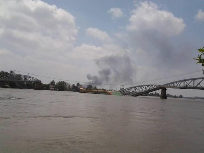 Cháy chợ Hóa An gần cầu Ghềnh