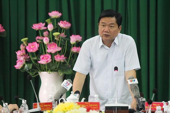 Bí thư Thăng chỉ đạo cắm ngay mốc ranh giới dự án 'treo' ga Bình Triệu