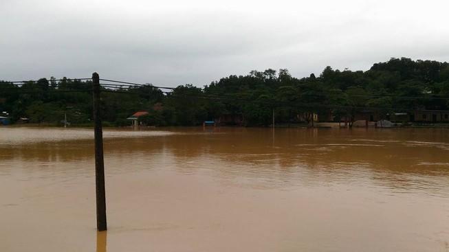 Hà Tĩnh yêu cầu thủy điện Hố Hô ngưng xả nước