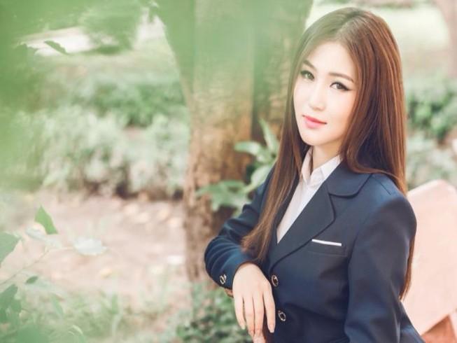 Em gái mưa của Hương Tràm đang gây 'bão mạng'