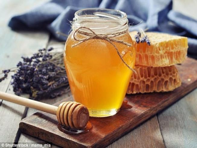3/4 mật ong trên thế giới nhiễm thuốc trừ sâu