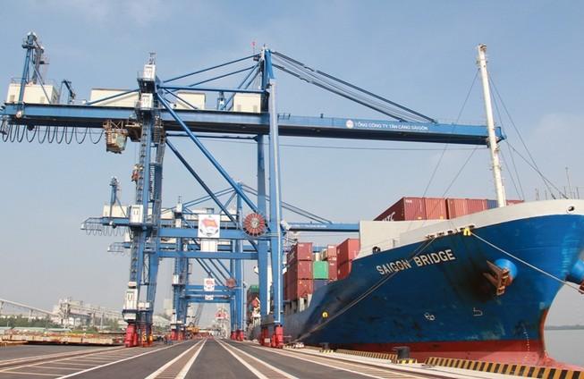 Sớm xây nút giao 'tháo' điểm nghẽn vào cảng Hiệp Phước