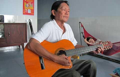 Ông nhạc sĩ bolero cô đơn
