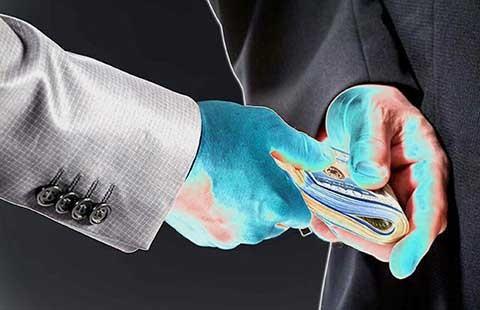 66% doanh nghiệp nói có 'lót tay'