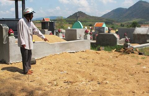 Vội chôn nạn nhân TNGT: VKS huyện có phần trách nhiệm