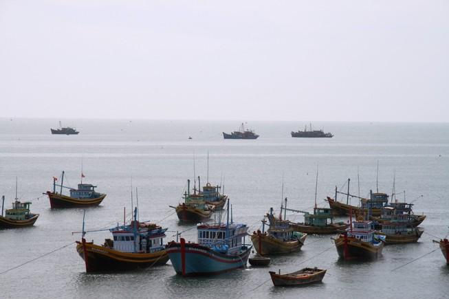 Trung Quốc ngăn tàu Việt Nam gặp nạn vào Trường Sa sửa chữa