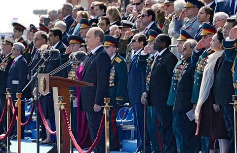 Nga duyệt binh trên Quảng trường Đỏ