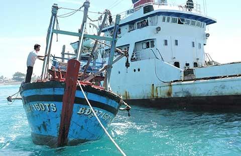 Tàu nước ngoài gây khó việc cứu nạn của tàu Việt Nam