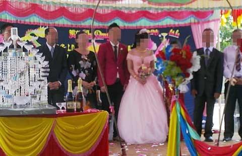 Vụ 'Nhờ facebook, phát hiện chồng cưới thêm vợ': Thiếu quy định xử phạt