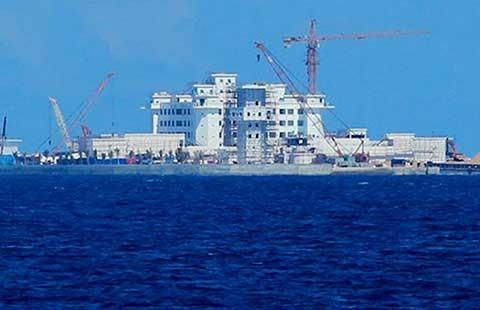 Biển Đông: Cần động thái cứng rắn hơn