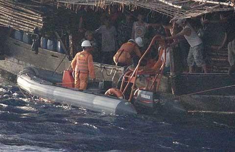 Phản đối Trung Quốc cản trở cứu nạn tàu cá ngư dân Việt Nam