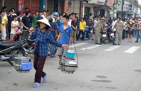 Xử phạt 'ngáo đá' gây náo loạn khu phố