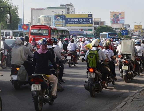 Nhiều đại biểu QH đề nghị bỏ thu phí xe máy
