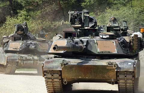 Mỹ sắp điều xe tăng đến sáu nước Đông Âu