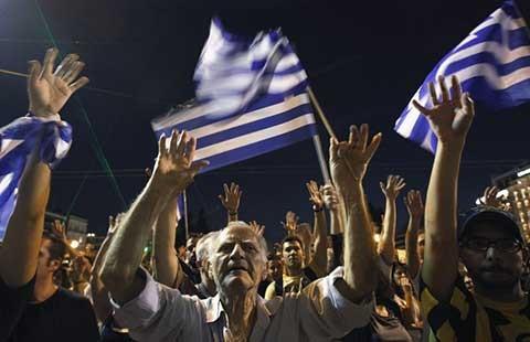 Hy Lạp: 'Bỏ thì thương, vương thì tội'