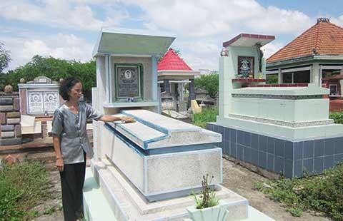 Ngôi mộ cổ khắc khoải chờ tái thẩm