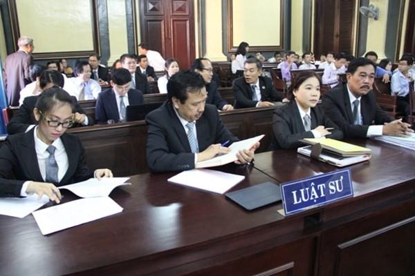Bỏ giấy chứng nhận bào chữa để không gây khó luật sư