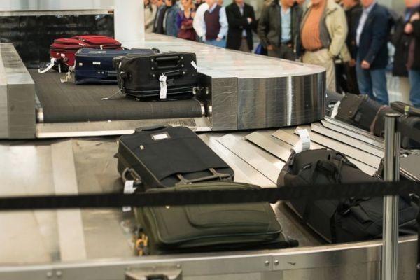 Siết việc bảo vệ hành lý cho khách hàng không