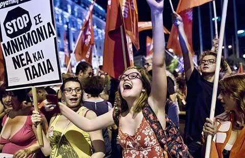 Châu Âu rung chuyển vì Hy Lạp