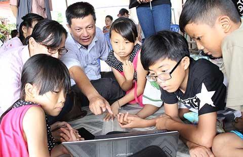 Gia đình sẽ đón trẻ ở nhà Hạnh Phúc về nhà