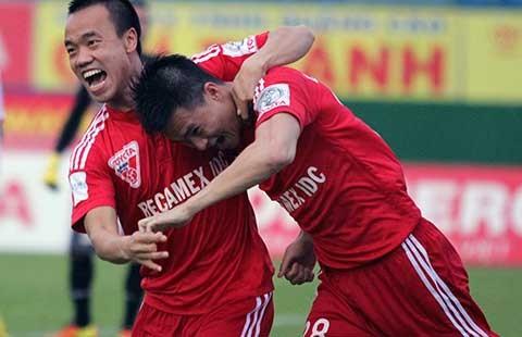 Vòng 15 V-League: B. Bình Dương bị đe dọa soán ngôi