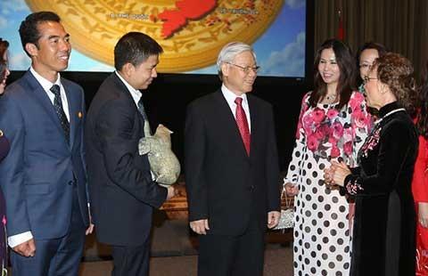 Tổng Bí thư mong cộng đồng người Việt phát huy tinh thần hòa hợp