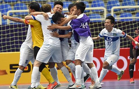 Thái Sơn Nam viết nên lịch sử cho Futsal Việt Nam