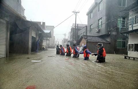 Bão Soudelor tàn phá miền Đông Trung Quốc