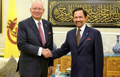 Brunei và Malaysia tìm hòa bình trên biển