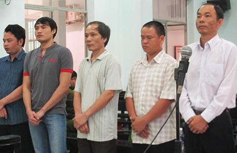 Nguyên trưởng công an huyện bị đề nghị 7-8 năm tù