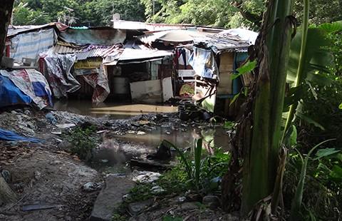 Khu ổ chuột trong Công viên Gia Định
