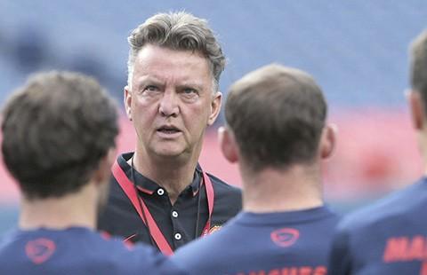 Van Gaal: 'Mối quan hệ giữa tôi và cầu thủ MU không hề mâu thuẫn!'