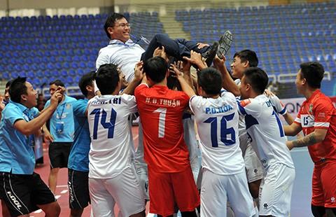 Lễ mừng công CLB Thái Sơn Nam hạng ba châu Á