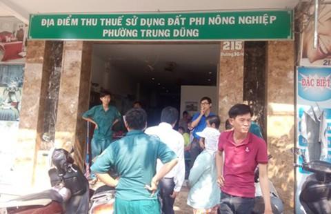 Bỏ lọt tội phạm trong vụ xông vào UBND phường chém người