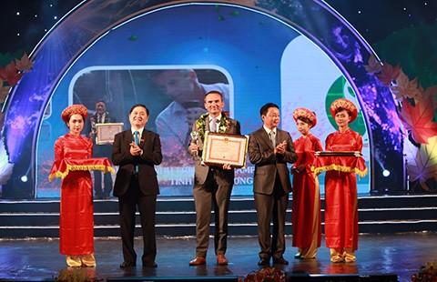 Hợp tác Vì môi trường Việt Nam xanh