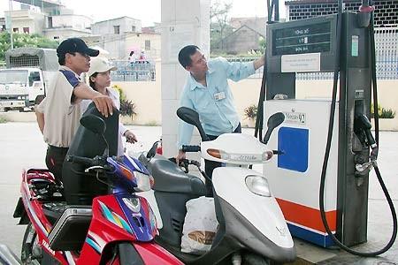 Bác đề xuất ưu đãi xăng dầu