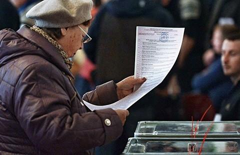 Cả thế giới quan sát cuộc bầu cử Ukraine