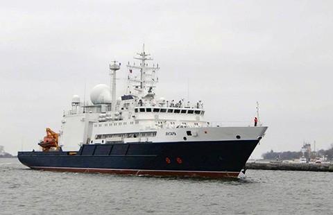 Mỹ sợ tàu Nga phá cáp ngầm Internet