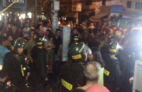 Hàng trăm cảnh sát vây bắt đường dây ma túy gia đình