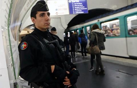 Quân đội Pháp và Nga bắt tay đánh Nhà nước Hồi giáo