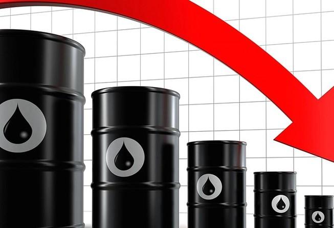 Giá dầu thô giảm, PVN hụt 163.400 tỉ đồng