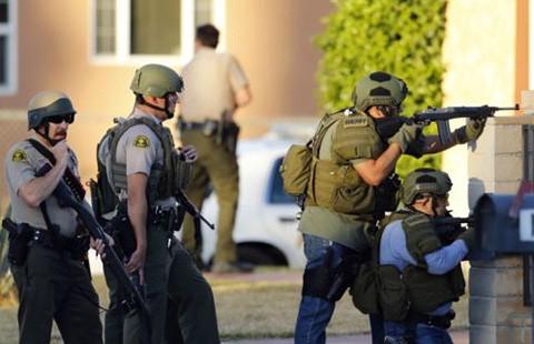 Xả súng thảm sát 14 người ở bang California